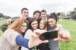students-selfie.jpg-660x440